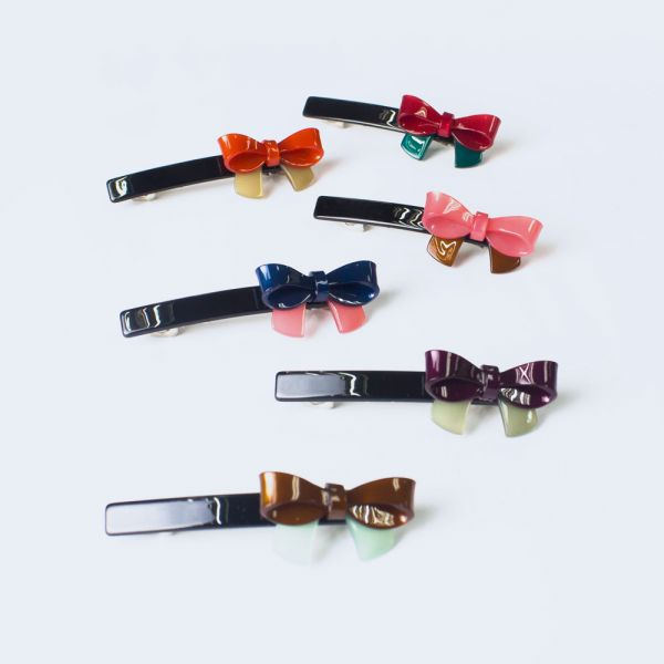 Bow ribbon clip
